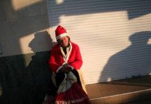 Плохой Санта. Веселого Рождества!Фото Юрия Иващенко для PREGEL.INFO