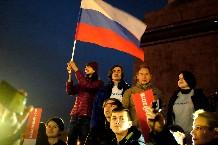 Протестанты во время пикета #ЗаНавального на площади Победы. PREGEL.INFO